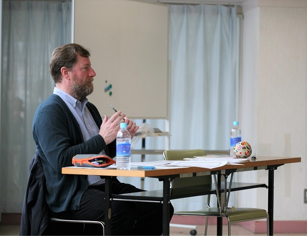 ネイティヴ講師が審査員の発表会を行いましたー幼児・小学生