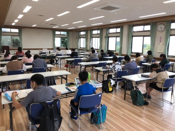 定期テスト前中学生大勉強会
